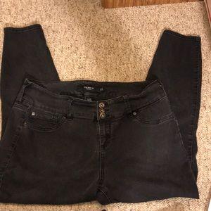 TORRID  Black Jeans, SZ: 16S Accents A SEXY Bottom